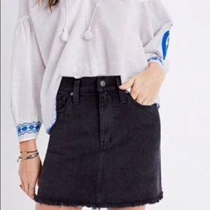 Madewell black denim skirt size 34 or 16 XL
